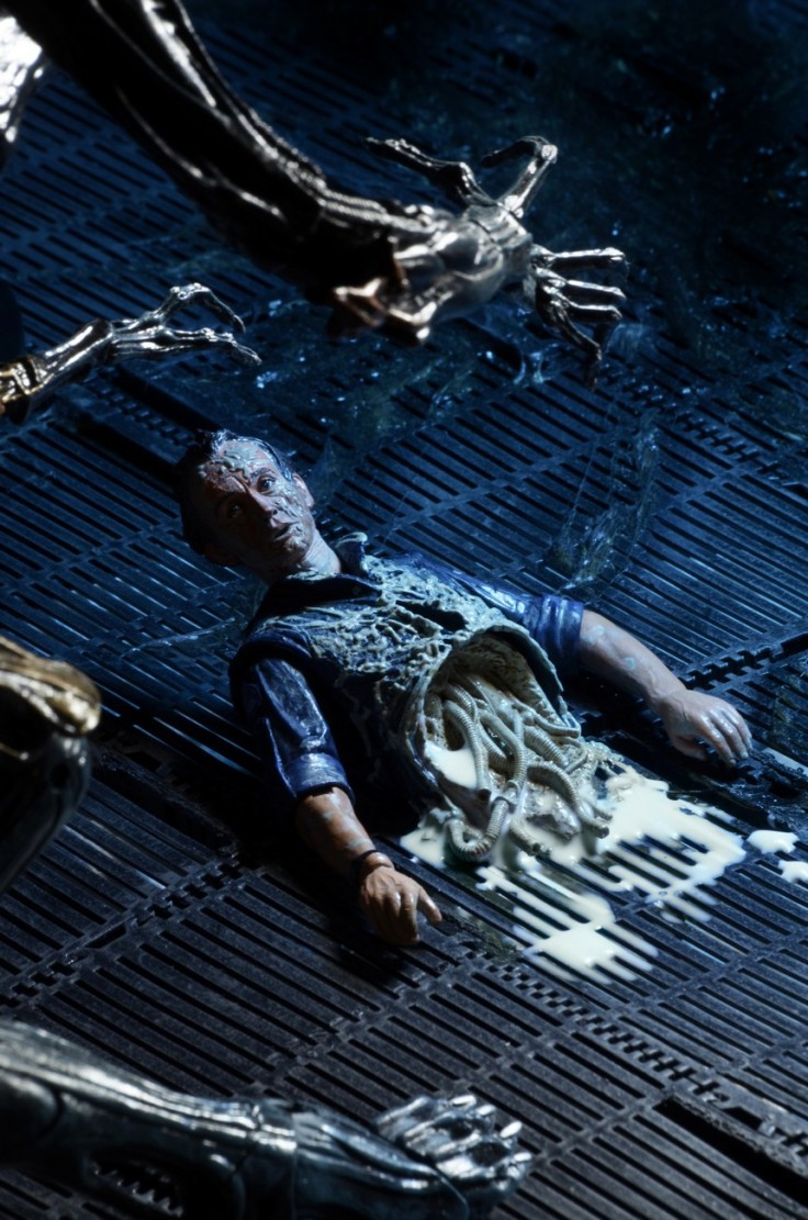 Aliens-Series-5-by-NECA-004