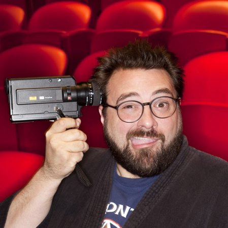 Kevin-Smith-holding-camer-006[1]