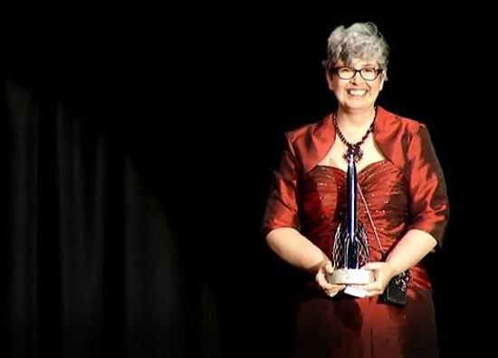 Энн Леки и ее награда.