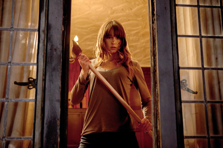 YOU'RE NEXT, Sharni Vinson, 2011. ph: Corey Ransberg/©Lionsgate/Courtesy Everett Collection