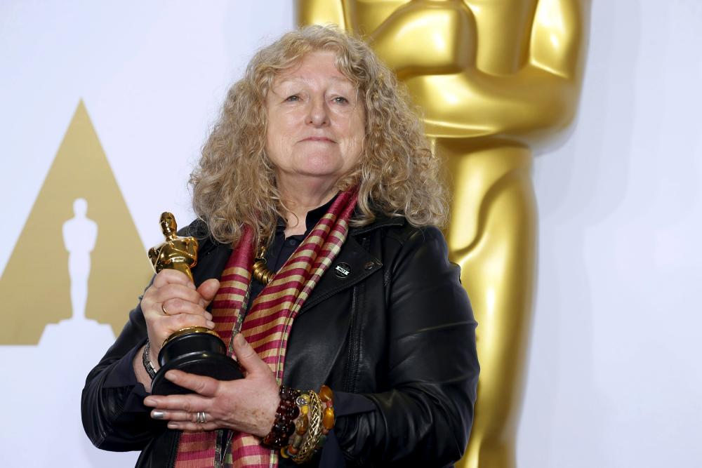 https://redrumers.files.wordpress.com/2016/03/jenny-beavan-winner-best-costume-design-fury-7_g.jpg?w=1000